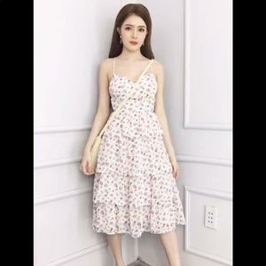 Cute floral dress for summer size Small